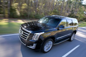 2015-cadillac-escalade-front-three-quarters-in-motion-04jpg